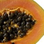 augeschnittende Papaya-Frucht