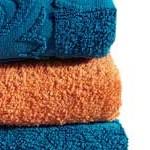 blaue und oranges Handtuch